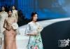 创立了旗下核心女装品牌VOGVACHI婳池,主推高级定制礼服及时尚套装