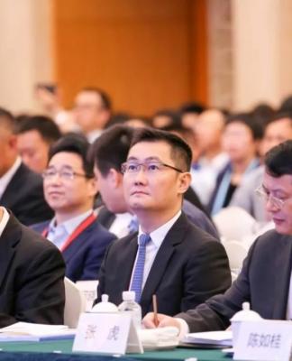 本次行业报告由四家国际国内知名分析机构发布,分别是:IDC、赛迪顾问、艾瑞咨询,易观,为企业提供重要的信息决策支持
